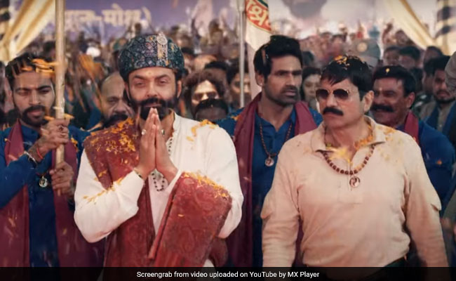 Aashram Review: With Bobby Deol's Solid Presence, Prakash Jha's Digital Debut Is Nothing If Not Bingeworthy