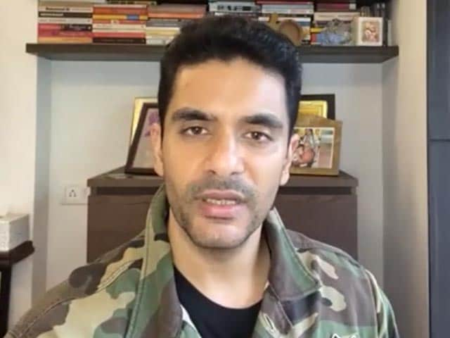 Video : Angad Bedi on <i>Gunjan Saxena: The Kargil Girl</i>, OTT Releases & More