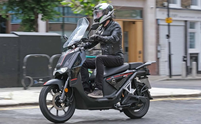 The Super Soco CPx is said to have performance equivalent to a 125 cc scooter