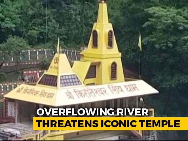 Video : Sikkim: Overflowing River Threatens Iconic Temple