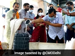 Delhi Chief Minister Arvind Kejriwal Offers Prayer At Temple On His Birthday