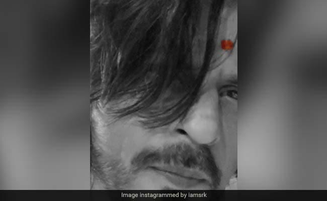 गणेश चतुर्थी 2020: शाहरुख खान को विसर्जन पोस्ट के लिए ट्रोल किया गया, जो कि सोशल मीडिया पर गलत है