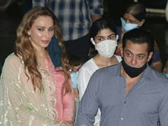Ganesh Chaturthi 2020: Iulia Vantur Joins Salman Khan And Family For Visarjan