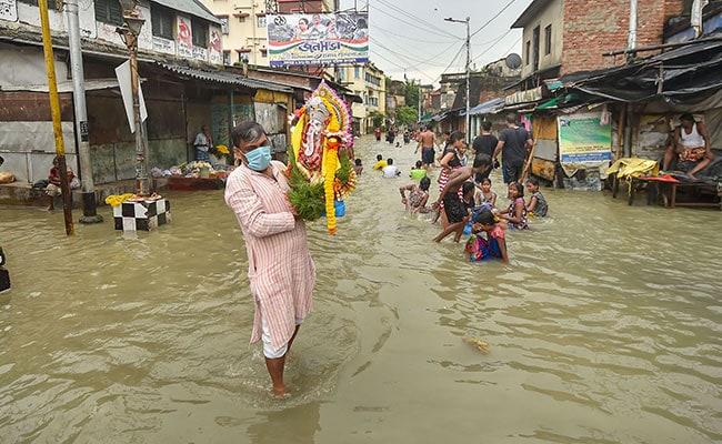 Weathermen Warn Of Heavy Rain In Parts Of West Bengal Next 3 Days