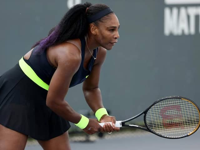 Serena Williams Rallies Past Venus Williams, Builds Confidence For US Open