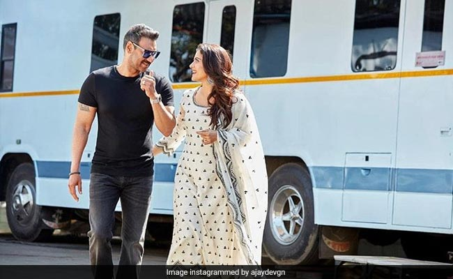 """""""Forever And Always"""": Ajay Devgn's Birthday Wish For Wife Kajol Will Melt Your Heart"""