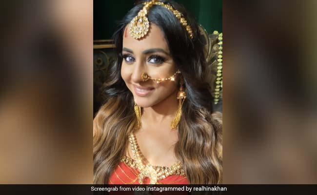 हिना खान ने Naagin के लुक में दिये जबरदस्त एक्सप्रेशंस, Video ने सोशल मीडिया पर मचाया धमाल