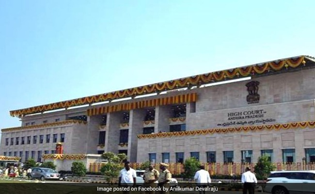 सोशल मीडिया पर शीर्ष न्यायाधीशों को बदनाम करने के लिए आंध्र प्रदेश में सीबीआई की किताबें 16