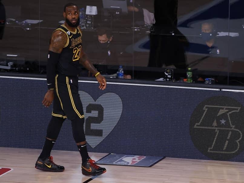 "LA Lakers Remember Kobe Bryant With ""Black Mamba"" Uniforms"