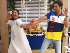 Divyanka Tripathi And Vivek Dahiya Dance For <I>Ganpati</i> Like No One's Watching