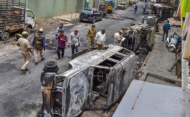 बेंगलुरु हिंसा: कांग्रेस के पूर्व मेयर आर संपत राज गिरफ्तार