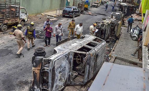 बेंगलुरू हिंसा: कर्नाटक के मंत्री बोले, 'यूपी की तर्ज पर दंगाइयों से नष्ट हुई संपत्ति की कीमत वसूल करेंगे'