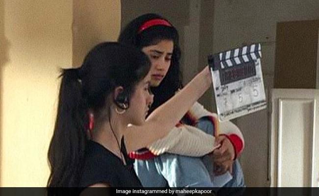 Pics: Janhvi Kapoor's Cousin Shanaya 'Learning The Ropes' On Gunjan Saxena Set