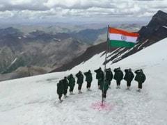 Watch: Indian Soldiers Raise The Flag In J&K's Gurez. Cue Goosebumps