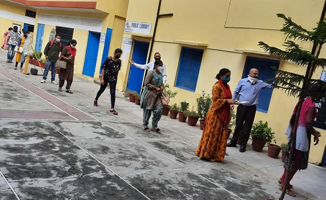Himachal Pradesh Teacher Recruitment Exam Held At Over 90 Centres