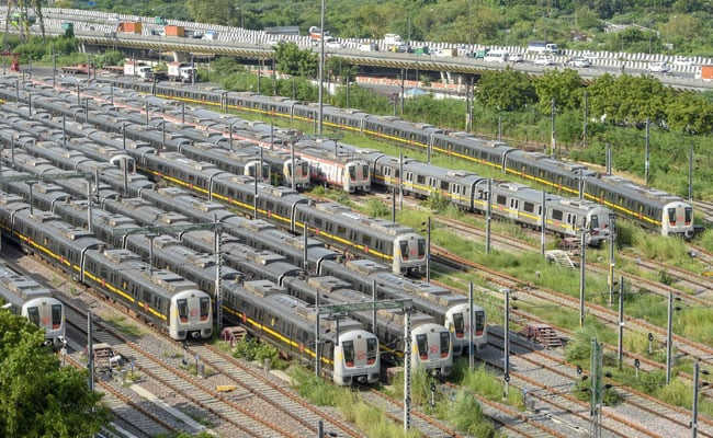 Unlock4: Government Likely To Issue SOPs For Metro Trains