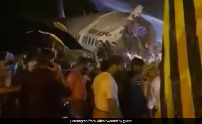 Air India 737 Overshoots Runway, Breaks Apart In Trying to Land