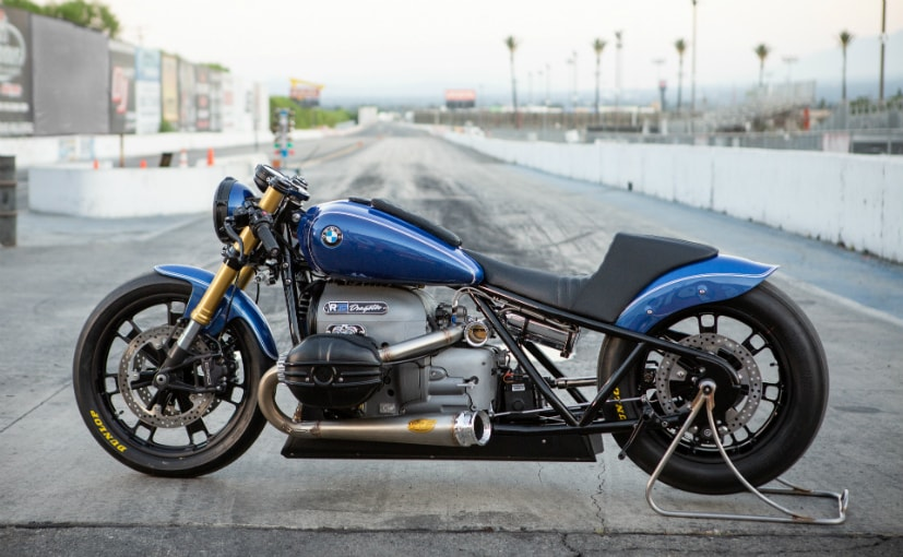The BMW R 18 Dragster was built by Roland Sands