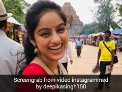 Deepika Singh ब्लू साड़ी और हाथ में सिंपल बैग लेकर पहुंचीं कोणार्क मंदिर, पब्लिक भी खा गई धोखा- देखें Video