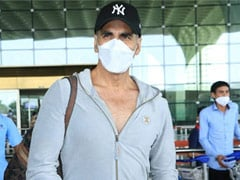 Akshay Kumar And Family Fly To London For <i>Bell Bottom</i>; Keep Distance, He Tells Paparazzi