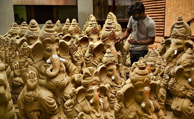 Ganesh Chaturthi 2020: Know Muhurat In Your City And 8 Avatars Of Ganesha