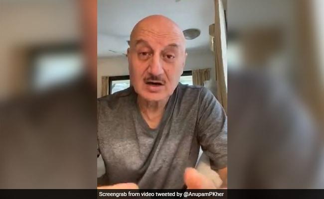 Anupam Kher का सुशांत मामले पर पहली बार आया रिएक्शन, Video में बोले- आंख मूंदना कायरता की निशानी...