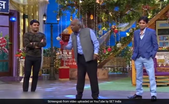 Rahat Indori ने कपिल शर्मा के शो में शायरी से बांधा ऐसा समा, नहीं थम रहा था तालियों का सिलसिला- देखें Video