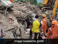महाराष्ट्र : इमारत ढही, 1 की मौत, कई लोग अब भी नीचे दबे, मंत्री ने कहा- ठेकेदार जिम्मेदार