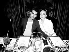 On Joe Jonas' Birthday, Sophie Turner's Greeting Came Gift-Wrapped Like This