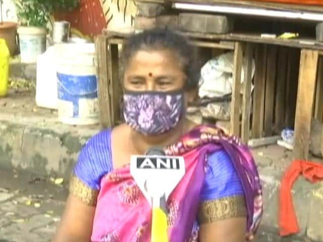 Video : In Rain, Mumbai Woman Stood For 7 Hours Near Manhole To Save People