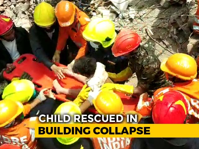 Video : On Camera, Boy, 4, Rescued Amid Cheers After Maharashtra Building Crashes