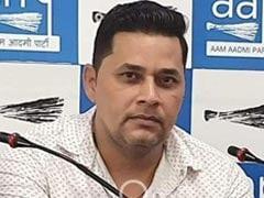 AAP नेता मुकेश टोकस पर महिला को शादी का झांसा देकर रेप करने का आरोप, गिरफ्तार