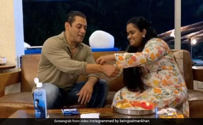 सलमान खान ने शेयर किया राखी सेलिब्रेशन का Video, खान परिवार ने यूं साथ मिलकर मनाया रक्षाबंधन