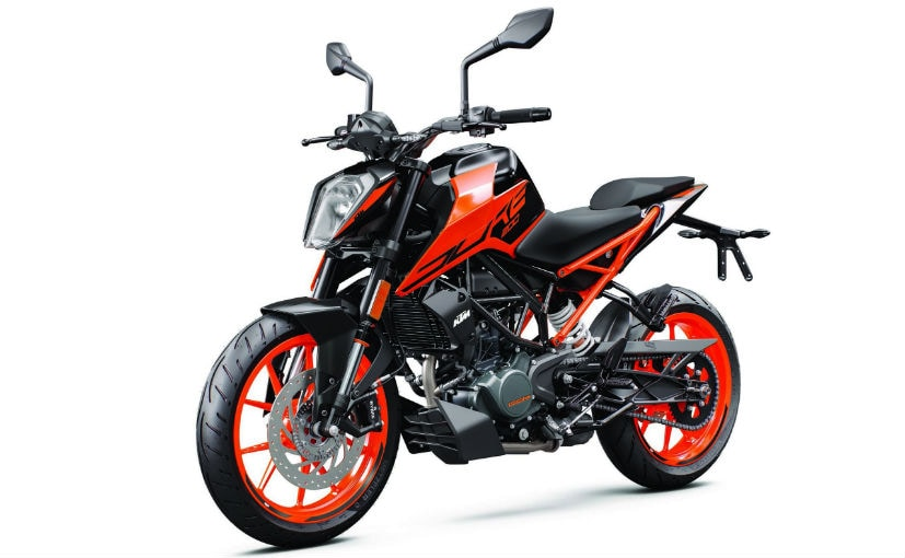 The 2020 KTM 200 Duke is priced at $3999 in the US