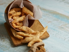 Masala Pare Gives A Spicy Spin To Traditional Namak Pare Snack. Watch Recipe Video
