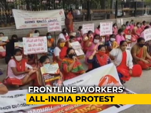 Video : India's Army Of 600,000 Virus-Hunting Women Health Workers Goes On Strike