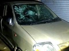 दिल्ली : रात में कई राउंड फायरिंग, तोड़े गए कारों के शीशे, पुलिस के सामने चुनौती