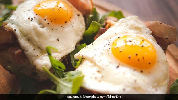 Actor-Model Chrissy Teigen Shares Foolproof Sunny-Side Up Eggs Tutorial