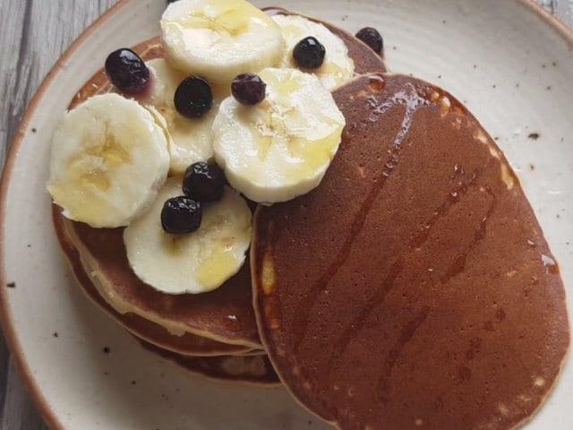 Video : How To Make Banana Pancake