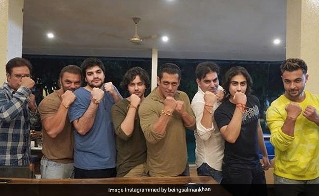 Salman, Sohail, Arbaaz's Khan-Tastic Rakhi Pics Pack A Punch
