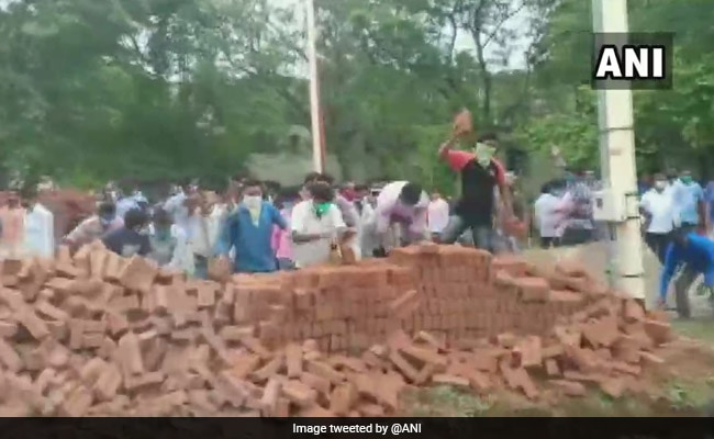 Visva Bharati University Shuts Down After Protests Over Boundary Wall Construction