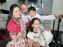 """Sands Are Shifting,"" Posts Sanjay Dutt's Wife Maanayata. Manisha Koirala Leaves A Comment"