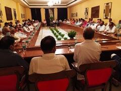 राजस्थान : अंतिम दौर की लड़ाई,  विधायकों के बीच सेनापति की तरह बोले CM अशोक गहलोत