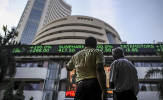 Sensex, Nifty Resume Upmove After A Day's Pause