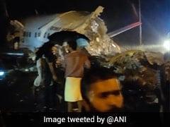 Air India Dubai Kozhikode Flight Latest Updates: घायलों से मिलने पहुंचे केरल के राज्यपाल और मुख्यमंत्री