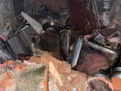 दिल्ली : रसोई गैस सिलेंडर में धमाके के बाद लगी आग