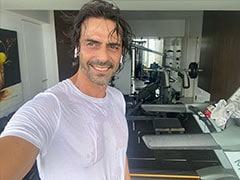 "Arjun Rampal's ""Sweat It Out"" Post Gets A Comment From Girlfriend Gabriella Demetriades"