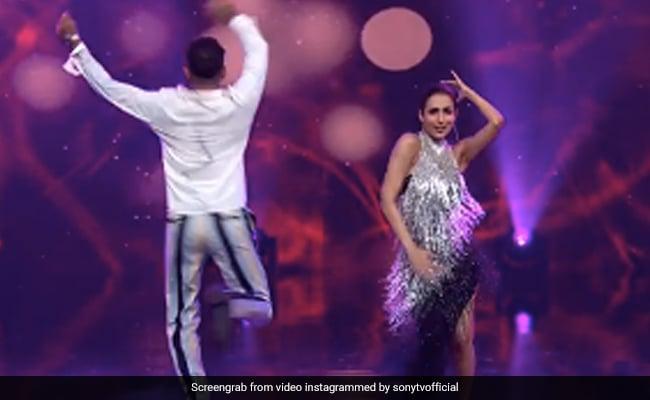 मलाइका अरोड़ा ने 'छैया छैया' गाने पर फिर मचाया धमाल, Video में टेरेंस लेविस के साथ यूं थिरकीं एक्ट्रेस