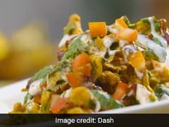 Missing <i>Chaat</i>? This Restaurant-Style <i>Bhindi Palak Chaat</i> Is Something You Have To Try