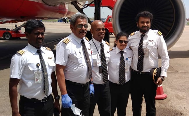 Air India Pilot Retiring After 33 Years Gets Surprise Water Cannon Salute In Chennai